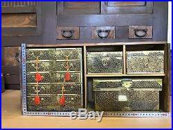Y0214 TANSU Old cabinet with Urushi painting box japanese antique japan vintage